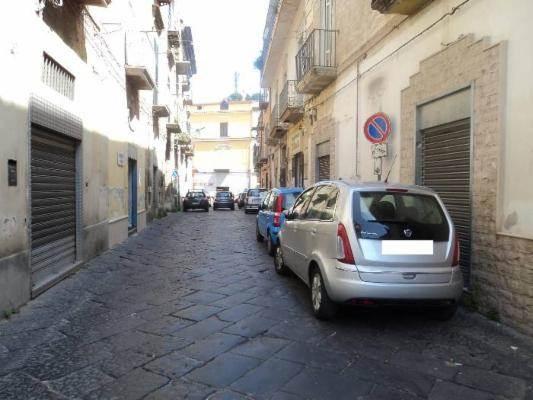 Negozio / Locale in Affitto a Maddaloni