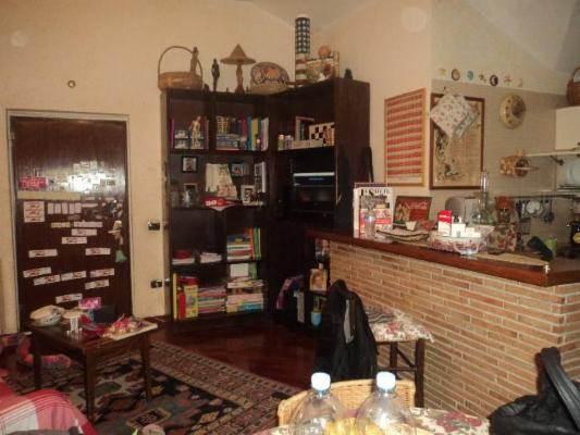 Attico / Mansarda in vendita a Caserta, 3 locali, prezzo € 85.000 | CambioCasa.it