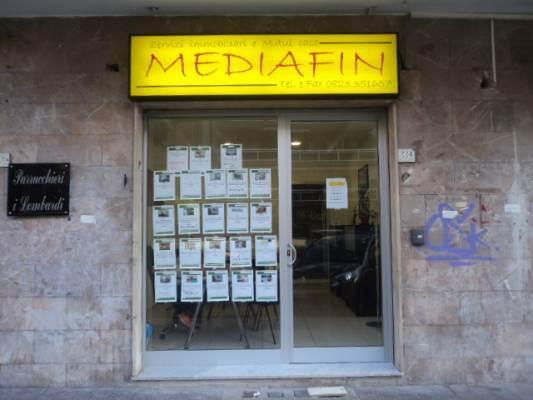 Negozio / Locale in Vendita a Caserta