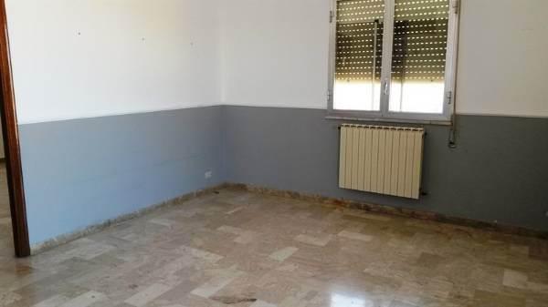 Appartamento in affitto a Partinico, 5 locali, prezzo € 250 | CambioCasa.it