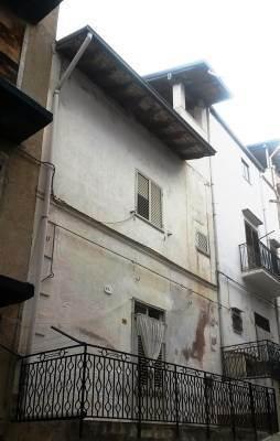 Appartamento in vendita a Borgetto, 5 locali, prezzo € 31.500 | CambioCasa.it