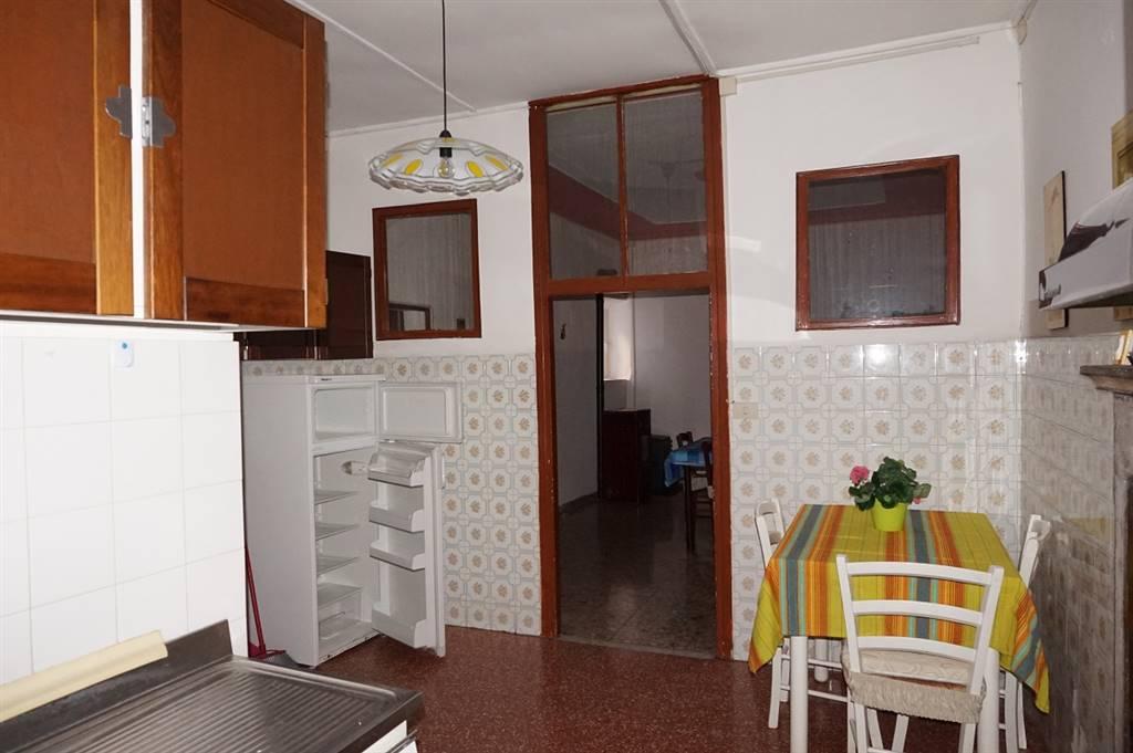 Cucina e ingresso soggiorno