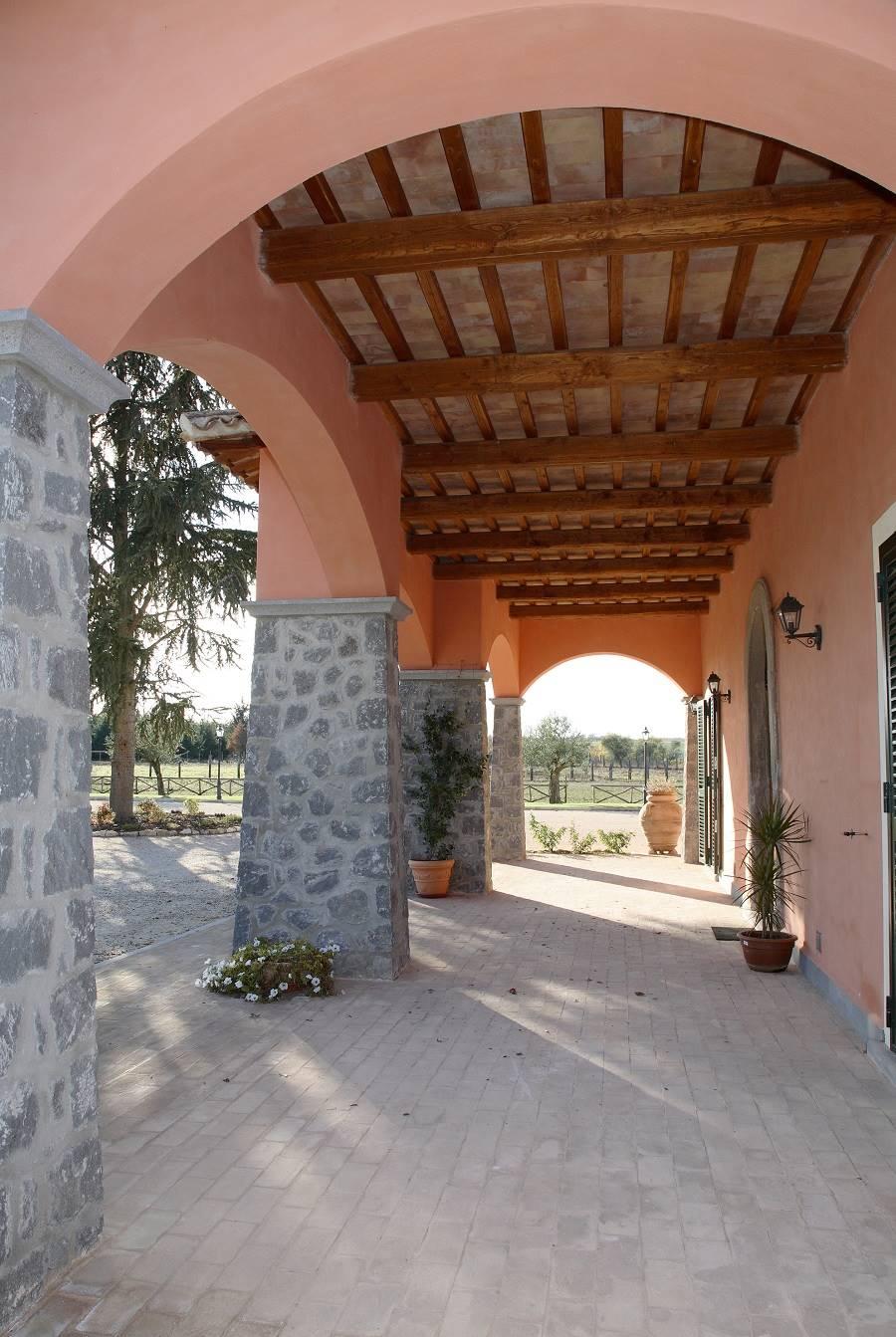 Dettaglio portico