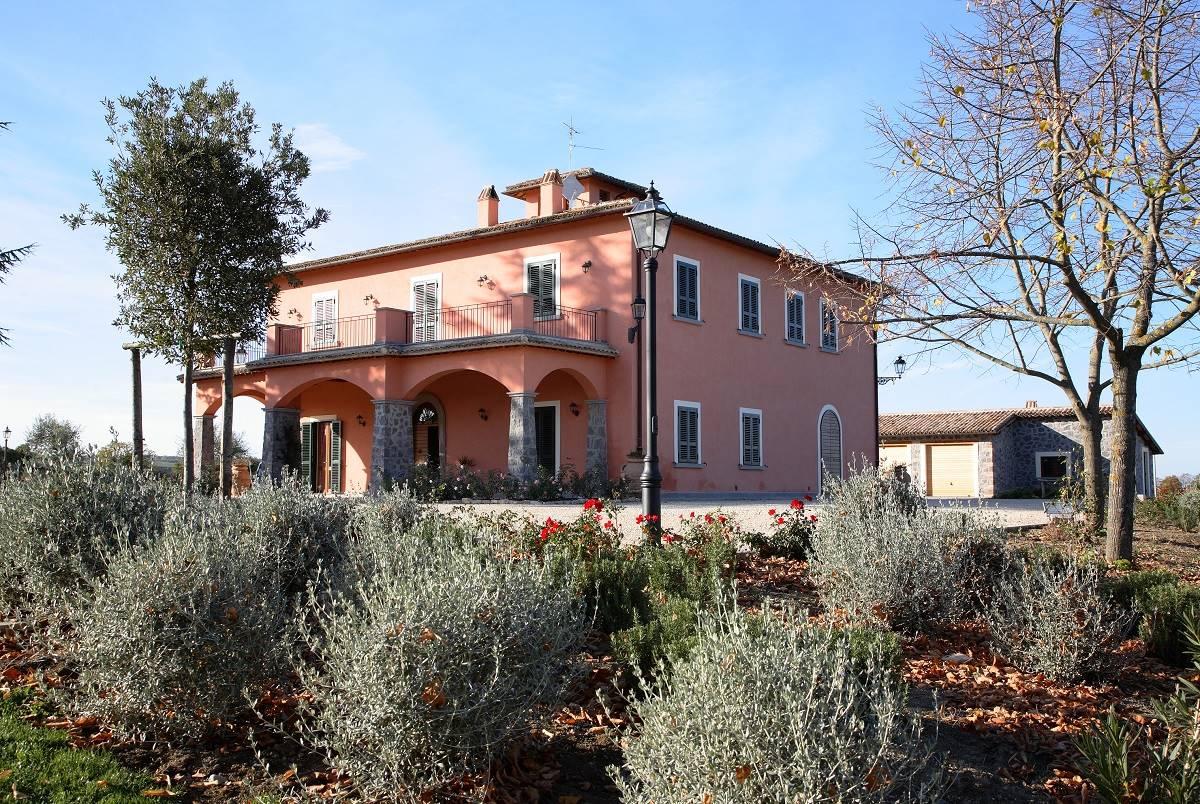 Villa e depandance