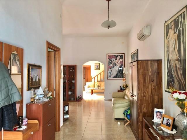 Villa-Villetta  in Vendita a Cagliari