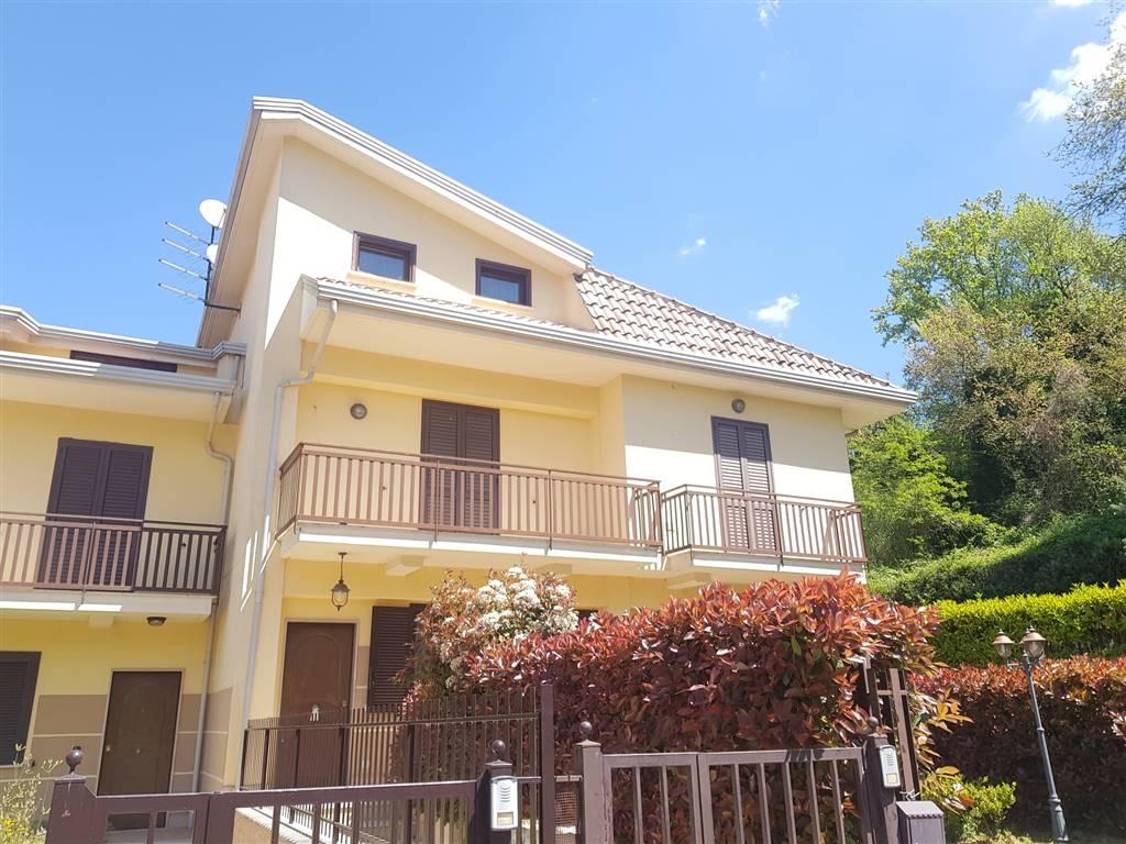 Appartamento indipendente a Pratola Serra