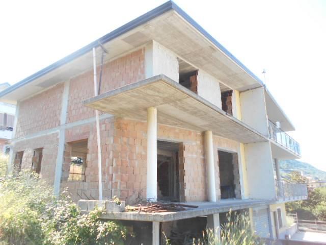 Case olevano sul tusciano compro casa olevano sul tusciano in vendita e affitto su - Regione campania piano casa ...