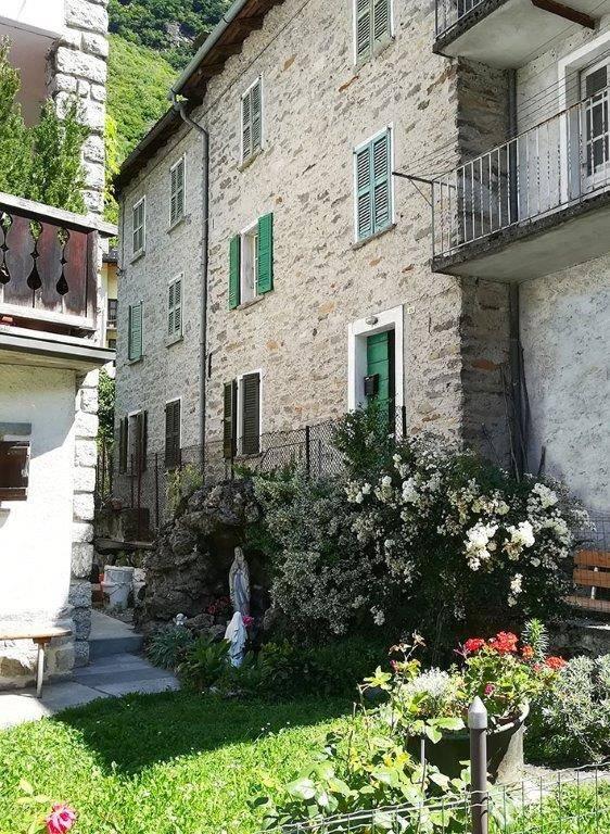 Foto -  In Vendita Villa Di Chiavenna