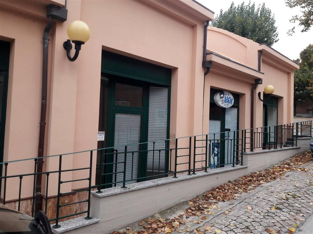 negozio  in Affitto a Ostra Vetere