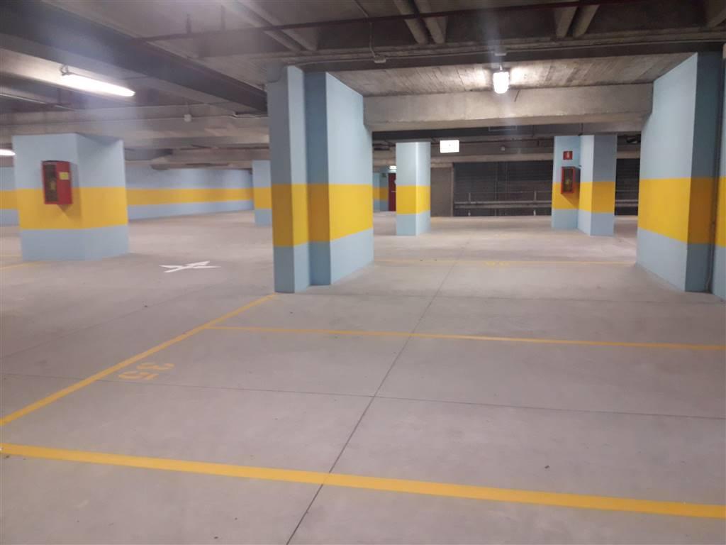 garage-Box-posto auto  in Vendita a Genova