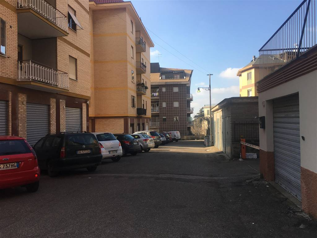 garage-Box-posto auto  in Affitto a Viterbo