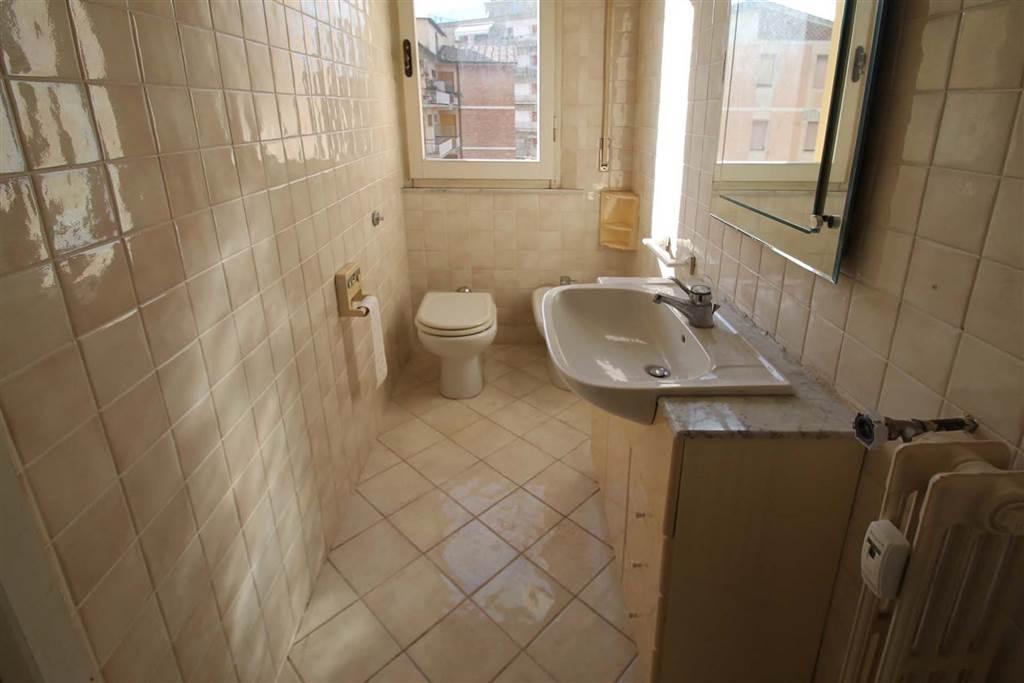 7034-terzo bagno