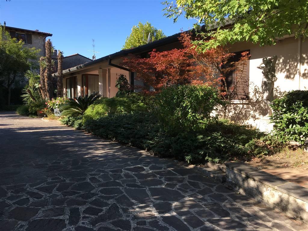 villa in vendita a moniga del garda