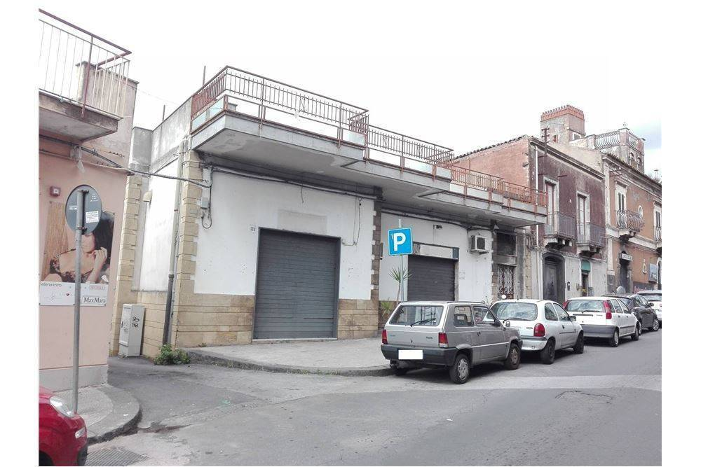 negozio  in Vendita a Catania