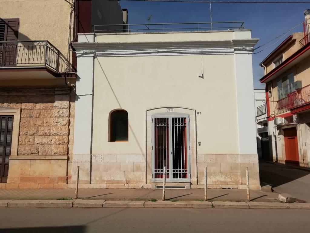 esterno sannicandro castelletti re
