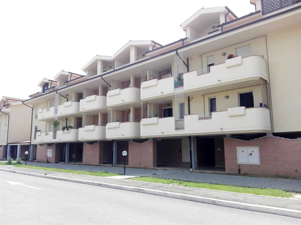 PIZZETTI, GROSSETO, Apartment for rent of 50 Sq. mt., New construction, Heating Centralized, Energetic class: B, Epi: 40,4 kwh/m2 year, placed at 1°,