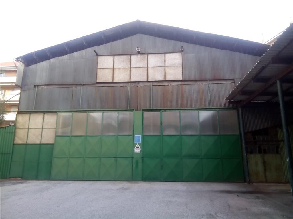 Capannone industriale a GENOVA 400 Mq - Garage
