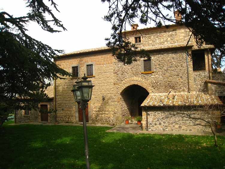 Farmhouse in BAGNOREGIO