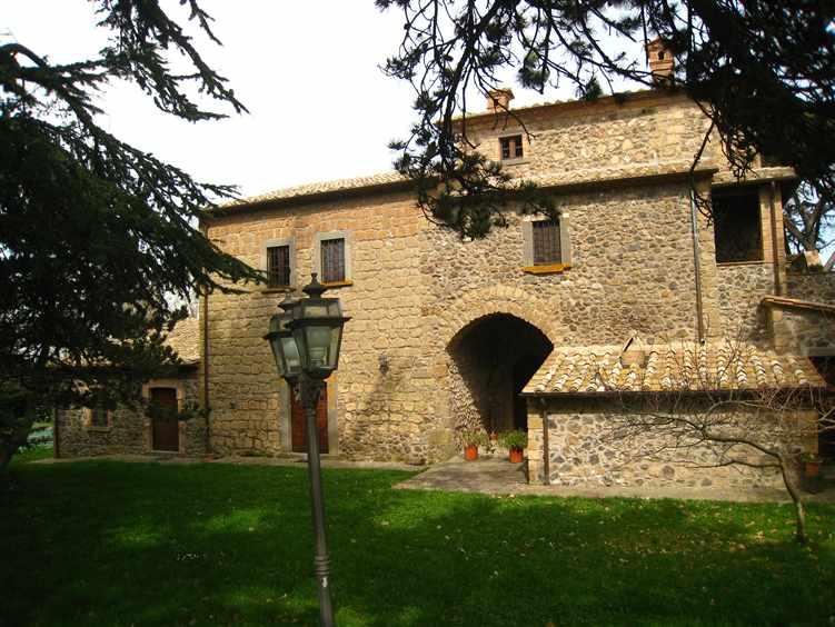 Rustico / Casale in affitto a Bagnoregio, 2 locali, Trattative riservate | CambioCasa.it