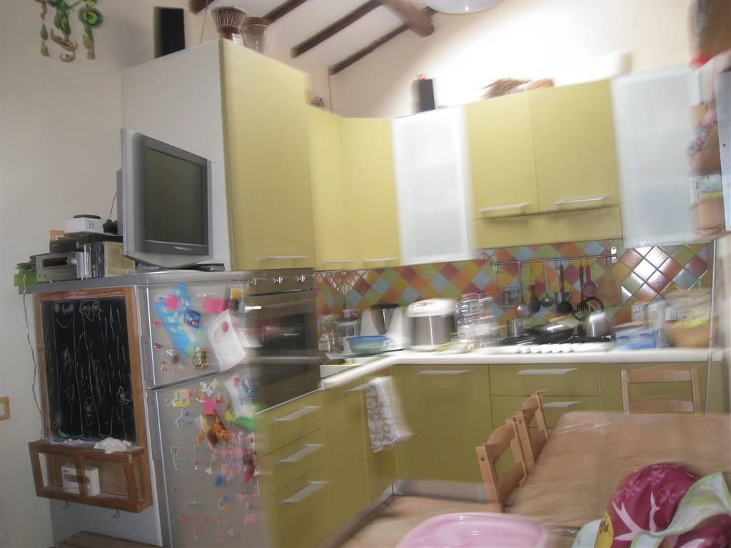 Appartamento in vendita a Montefiascone, 2 locali, zona Zona: Zepponami, prezzo € 37.000 | CambioCasa.it