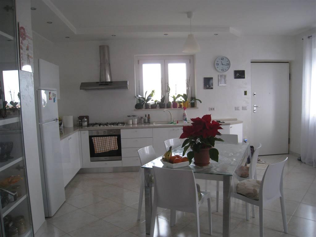 Appartamento in vendita a Montefiascone, 2 locali, zona Zona: Poggio Frusta, prezzo € 85.000 | CambioCasa.it
