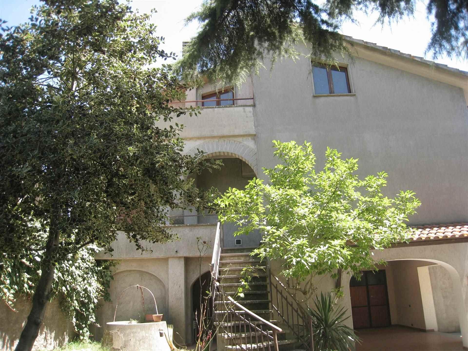 Villa bifamiliareaMONTEFIASCONE