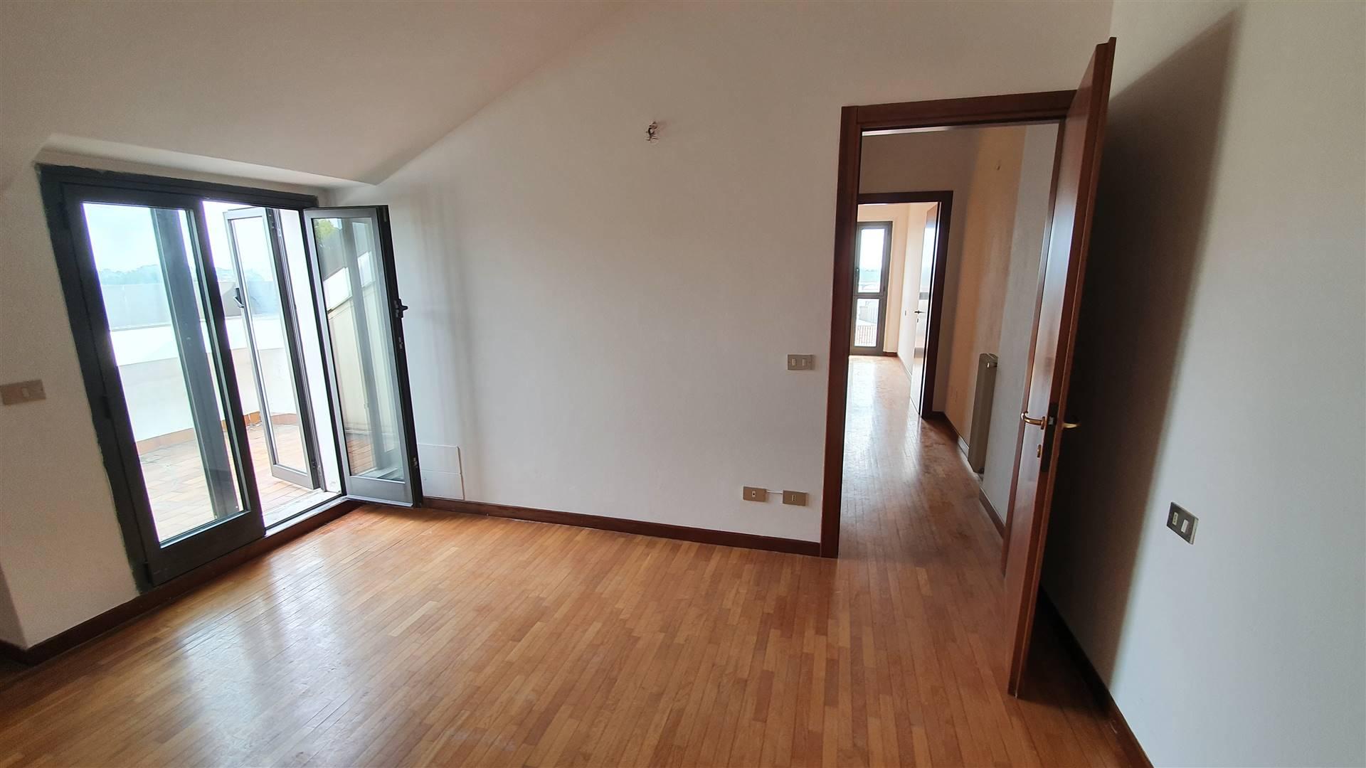 Appartamento in vendita a Ospedaletto Euganeo, 5 locali, prezzo € 98.000 | PortaleAgenzieImmobiliari.it