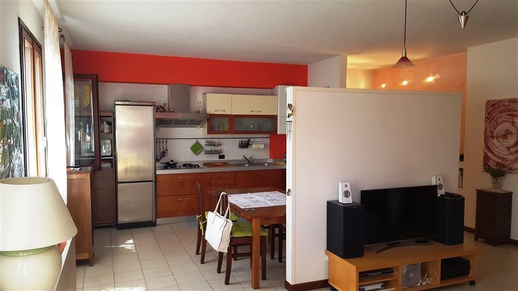 Appartamento in vendita a Este, 5 locali, prezzo € 155.000 | PortaleAgenzieImmobiliari.it