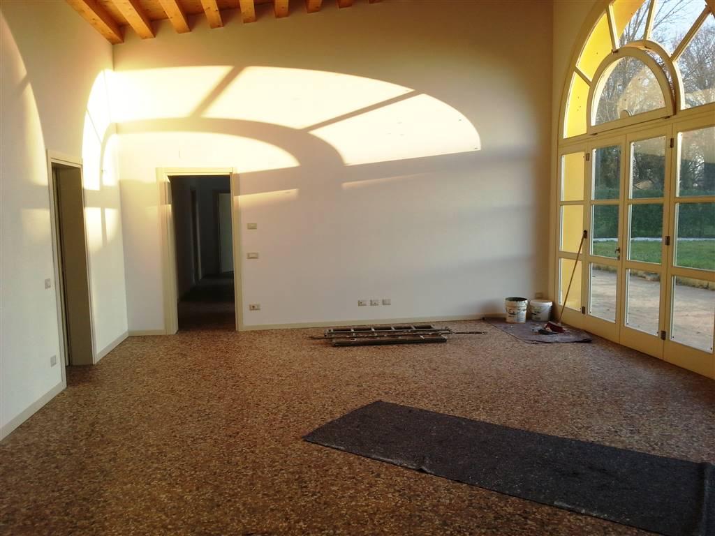 Casa singola, Este, in nuova costruzione