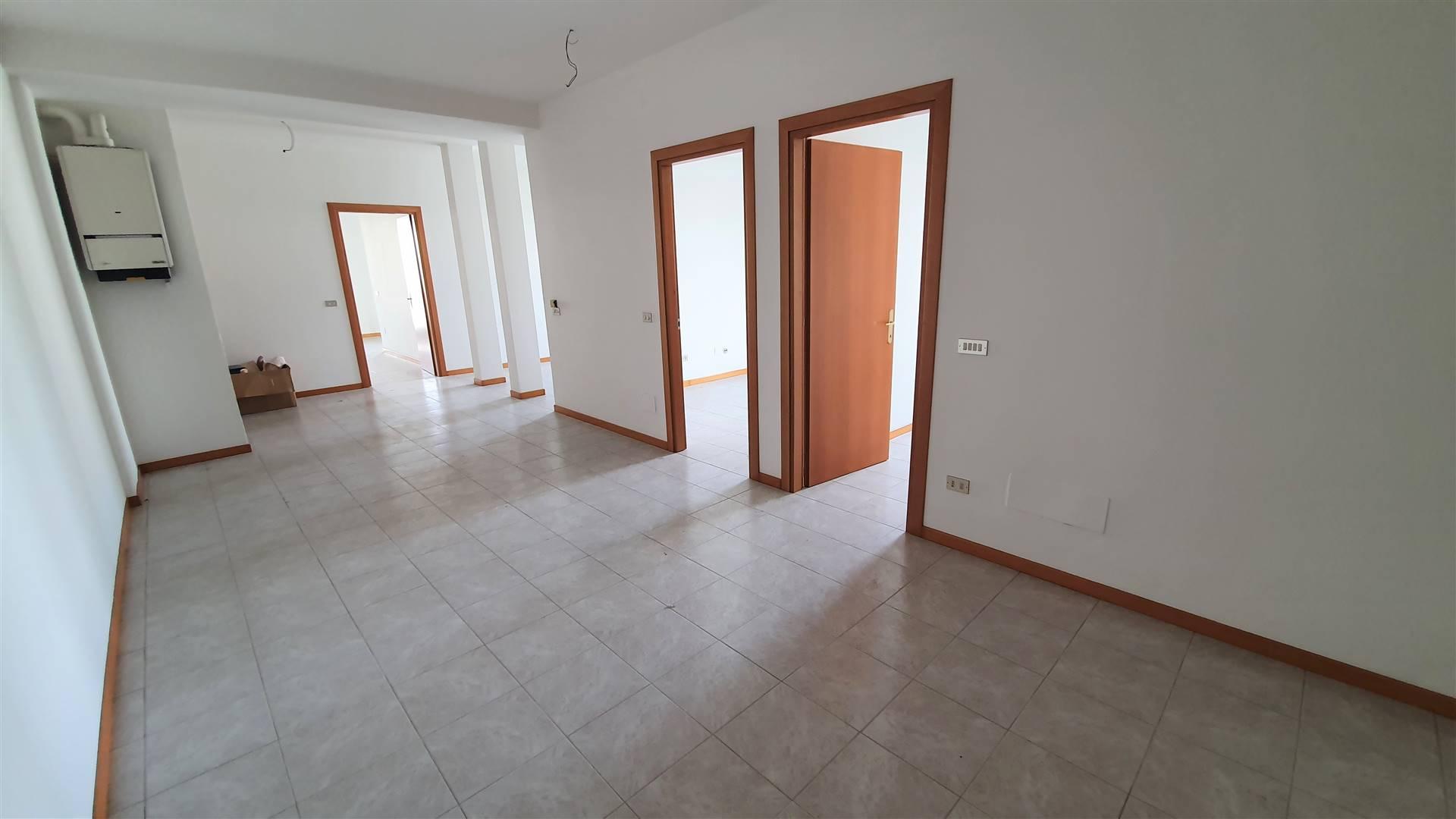 Ufficio / Studio in vendita a Este, 6 locali, prezzo € 78.000 | CambioCasa.it