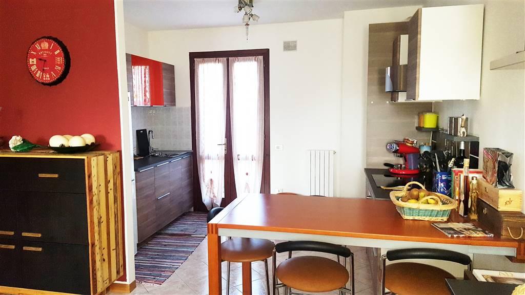 Villa a schiera, Borgo San Zeno, Montagnana, seminuova