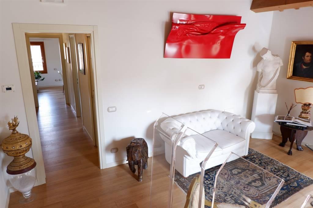 Appartamento in vendita a Este, 3 locali, Trattative riservate | CambioCasa.it