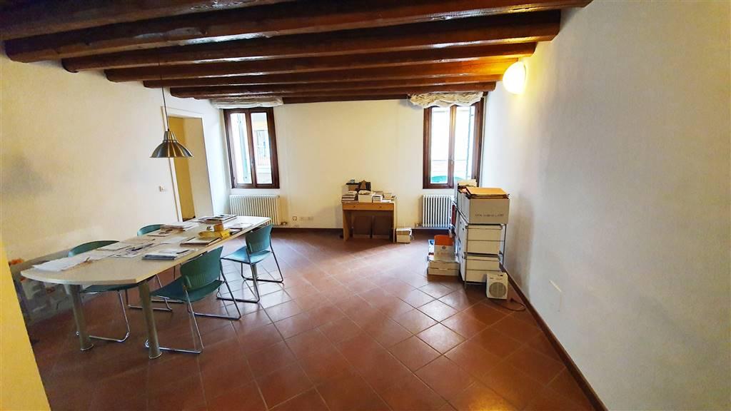 Appartamento in vendita a Este, 3 locali, prezzo € 88.000 | CambioCasa.it
