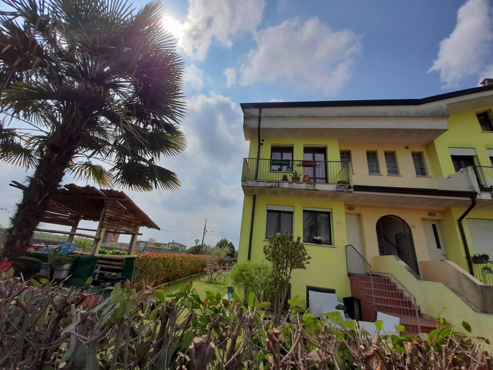 Appartamento in vendita a Bevilacqua, 2 locali, prezzo € 90.000 | CambioCasa.it