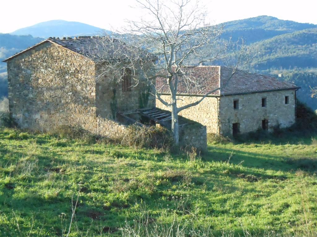 Rustico casale, Castelnuovo Di Val Di Cecina, da ristrutturare