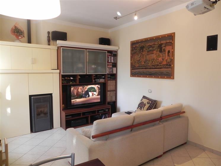 Appartamento, Camaiore, ristrutturato