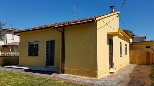 Casa semi indipendenteaCAMAIORE