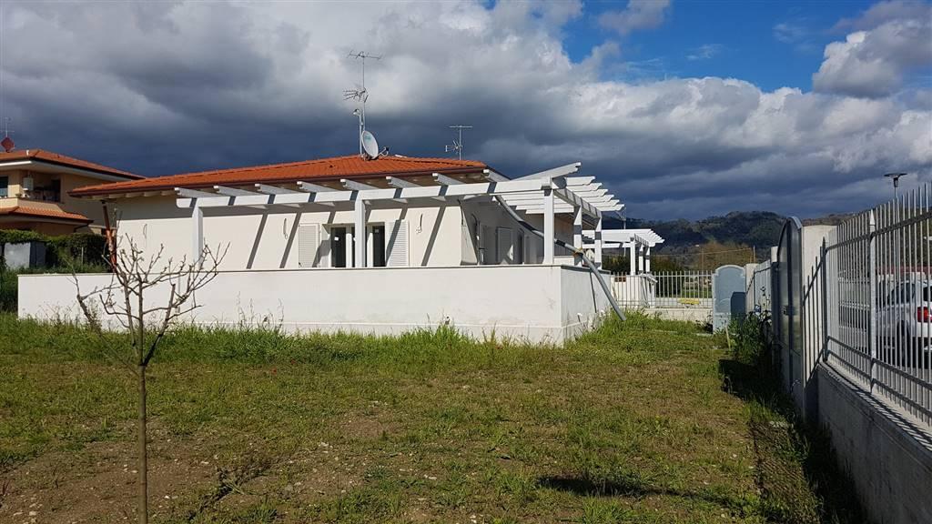 Villa bifamiliareaMASSAROSA