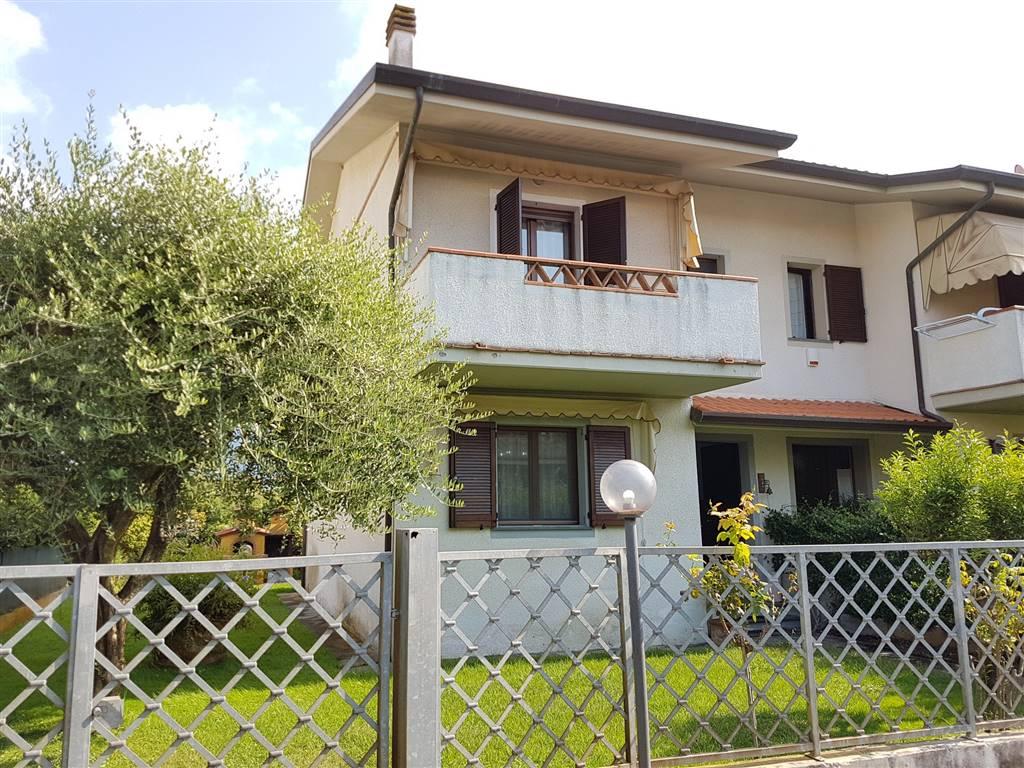 Villa a schiera a PIETRASANTA