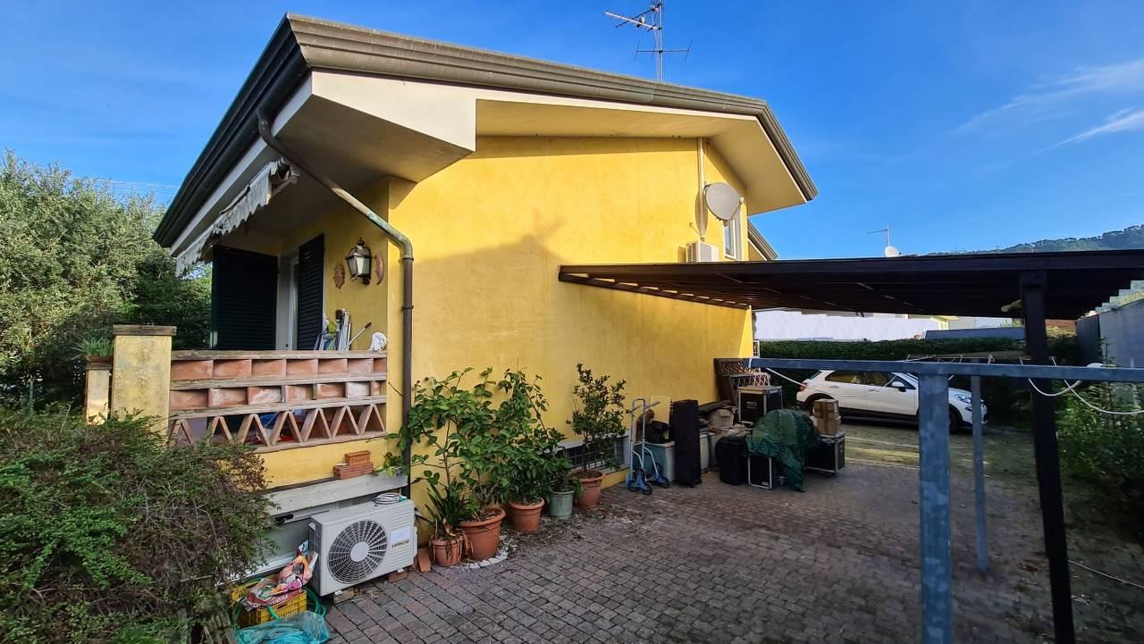 Casa singolaaMASSAROSA