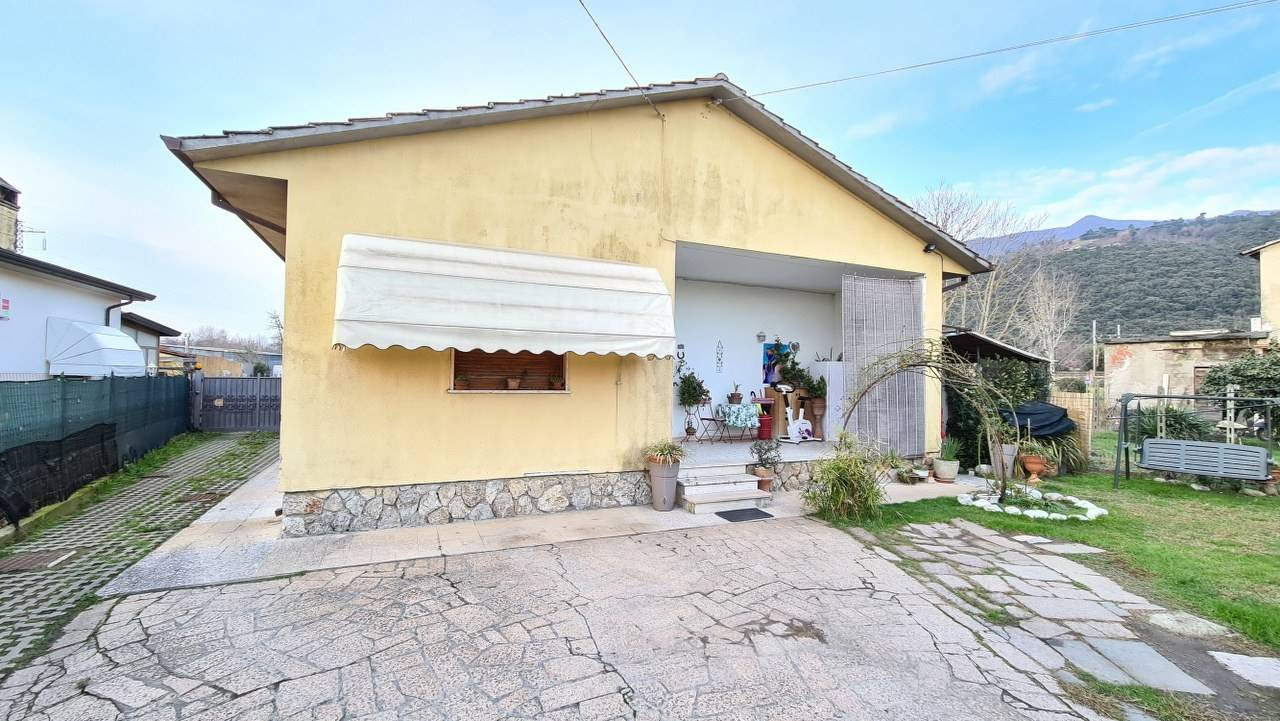 Casa singolaaPIETRASANTA