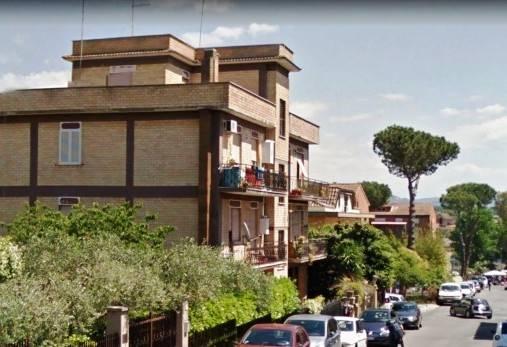 Trilocale in Via Nazario Palmioli 12, Monterotondo