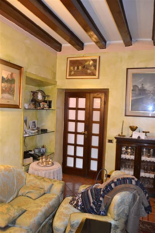 Appartamento indipendente in Via Fara 7, Città Alta, Bergamo