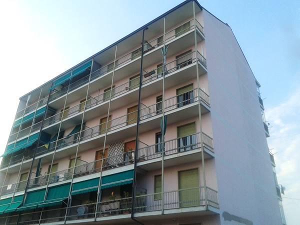 Trilocale in Via Fratelli Bandiera 12, Rivalta Di Torino