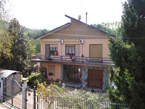 Villa in Strada Giaveno 13, Trana