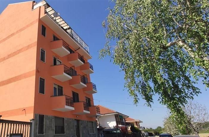 Appartamento in vendita a None, 3 locali, prezzo € 69.000 | CambioCasa.it