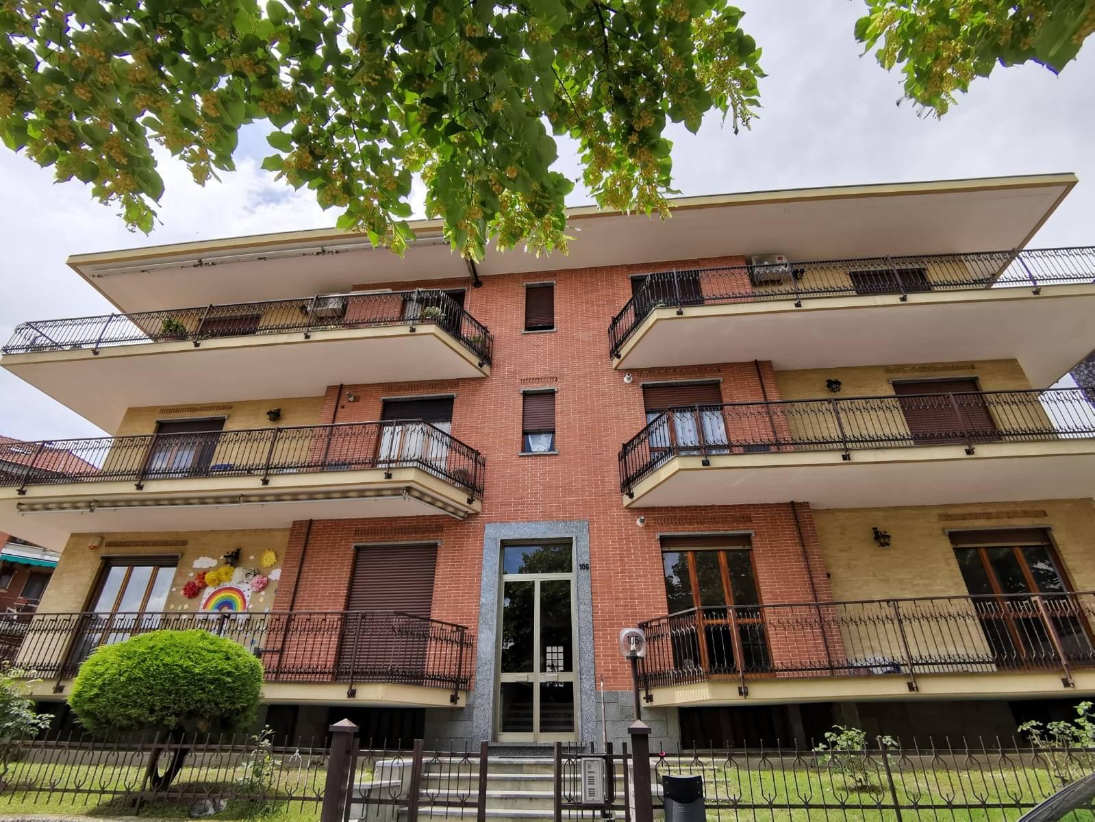 Appartamento in vendita a Piossasco, 3 locali, prezzo € 100.000 | CambioCasa.it