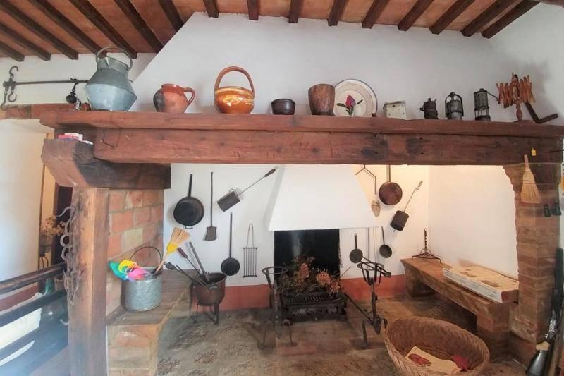 Camino Fireplace