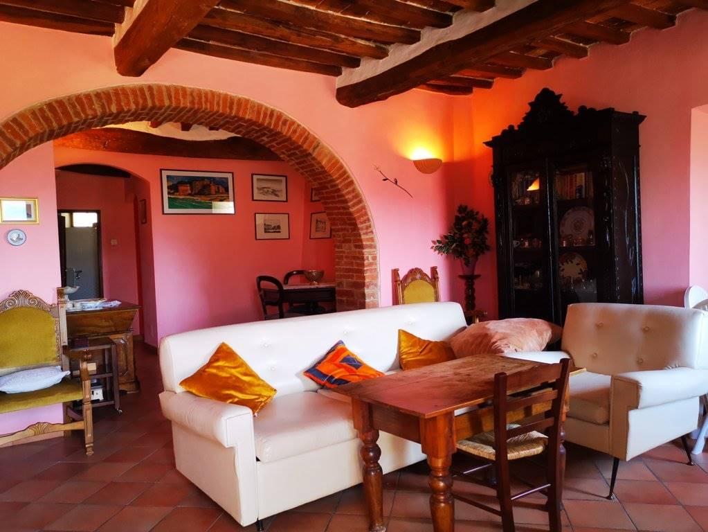 Appartamento in vendita a Chianciano Terme, 6 locali, prezzo € 130.000 | PortaleAgenzieImmobiliari.it