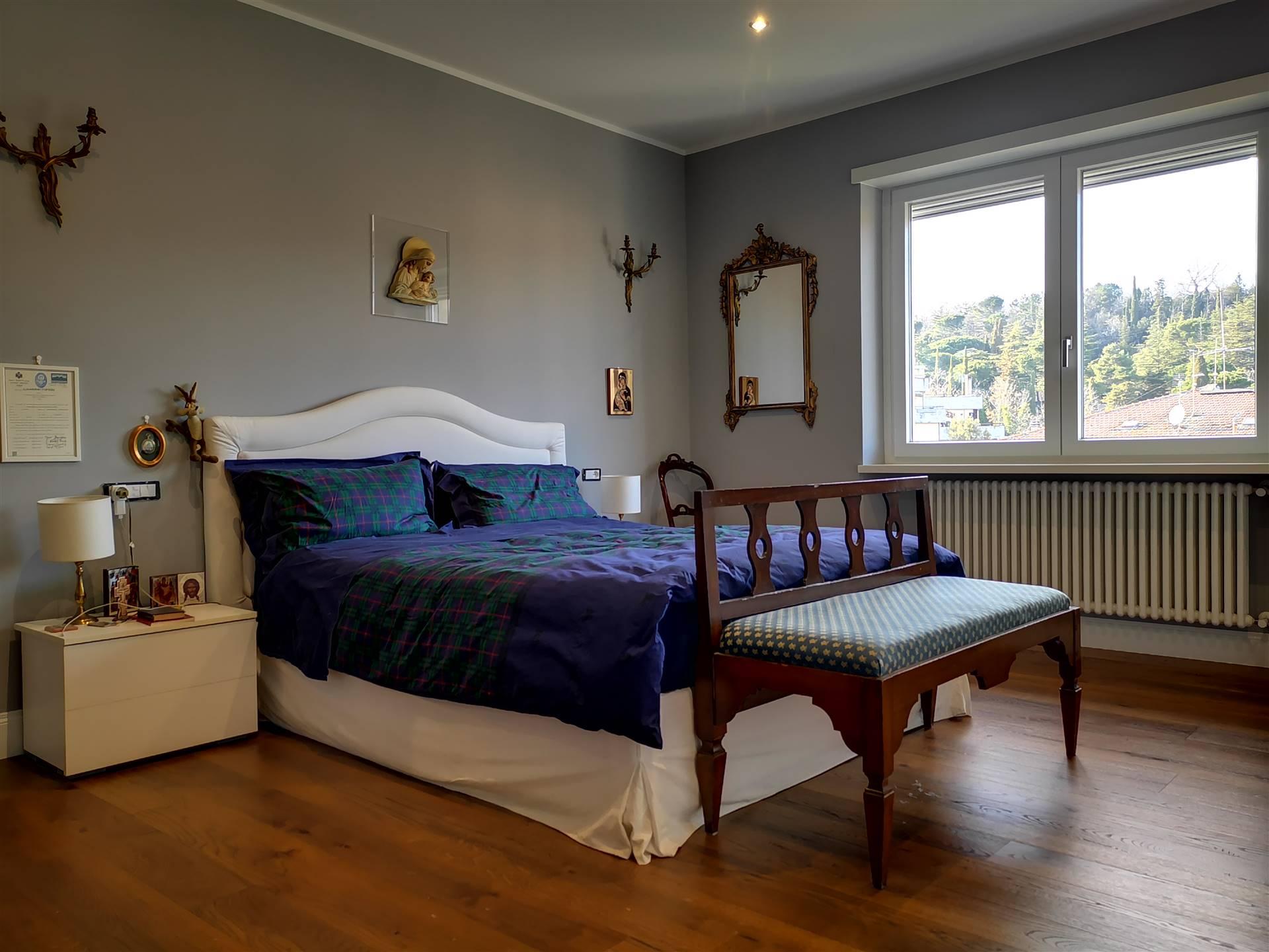 Camera  Master Bedroom